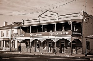 Royal Hotel Canowindra - About the Royal